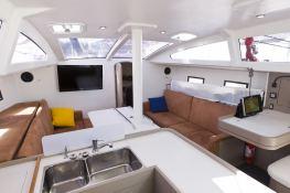 RM 1260 RM Yacht Interior 4