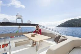 Tequila  Absolute Yachts Absolute 52 Fly Exterior 2