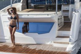 Tequila  Absolute Yachts Absolute 52 Fly Exterior 3