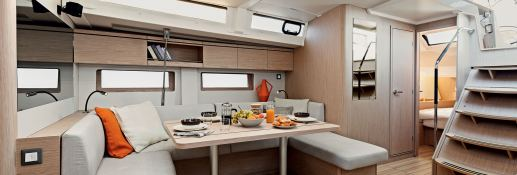 Oceanis 51.1 with watermaker & A/C Interior 1