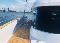 7X Split  Sunreef Catamaran Sail 80' Exterior 8