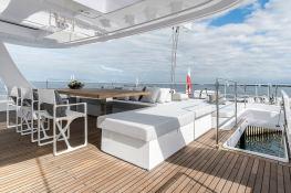 7X Split  Sunreef Catamaran Sail 80' Interior 18
