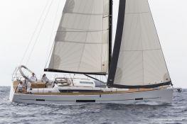 Dufour 520 Dufour Yachts Exterior 2