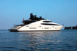 Vantage  Palmer Johnson Yacht 46M Exterior 1