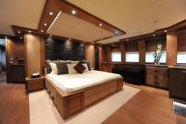 Vantage  Palmer Johnson Yacht 46M Interior 8