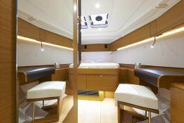 Sun Odyssey 469 Jeanneau Interior 4