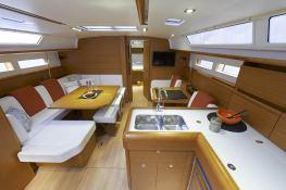 Sun Odyssey 469 Jeanneau Interior 5