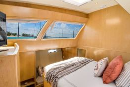 BLUE GRYPHON  Prout Catamaran Prout 83 Interior 3