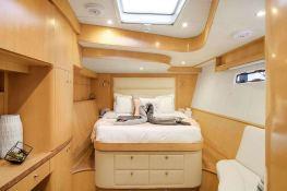 BLUE GRYPHON  Prout Catamaran Prout 83 Interior 7
