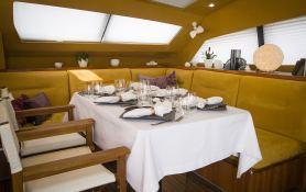 XENIA 50  Alliaura Marine Privilege  Serie 5 Interior 3