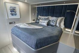 RELENTLESS  Sunreef Catamaran Sail 60 LOFT Interior 2