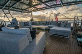 RELENTLESS  Sunreef Catamaran Sail 60 LOFT Interior 6