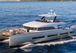 DOUBLE DOWN  Lagoon Catamaran Lagoon Motoryacht 78 Exterior 1