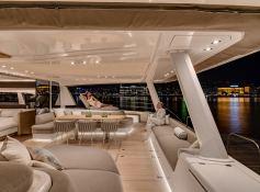 DOUBLE DOWN  Lagoon Catamaran Lagoon Motoryacht 78 Exterior 5