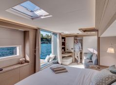 DOUBLE DOWN  Lagoon Catamaran Lagoon Motoryacht 78 Interior 3