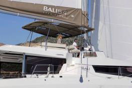 Bali 5.4 Catana Catamaran Exterior 3