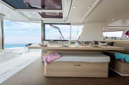 Bali 5.4 Catana Catamaran Interior 4