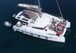 Bali 5.4 Catana Catamaran Exterior 9