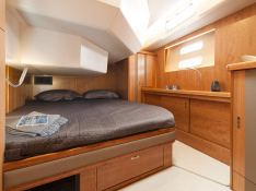 Moody 54DS Moody Yachts Interior 2