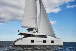 Sail 60 Sunreef Catamaran Exterior 2
