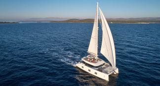 Sail 60 Sunreef Catamaran Exterior 3