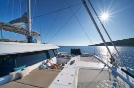 Sail 60 Sunreef Catamaran Exterior 5