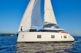 Sail 60 Sunreef Catamaran Exterior 6
