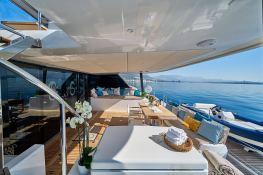 Sail 60 Sunreef Catamaran Exterior 10