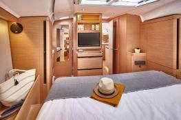 Sun Odyssey 490 Jeanneau Interior 2