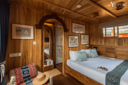 Sequoia  Konjo Schooner 86ft Interior 1