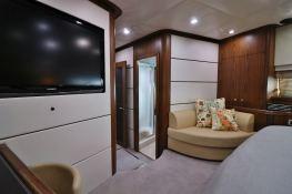 MOGUL  Sunseeker Yacht 90 Interior 6