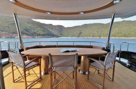 MOGUL  Sunseeker Yacht 90 Interior 7