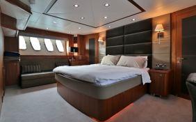 MOGUL  Sunseeker Yacht 90 Interior 8
