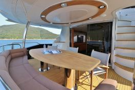 MOGUL  Sunseeker Yacht 90 Interior 11