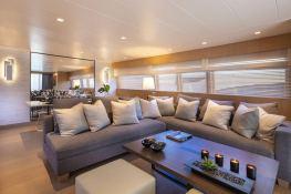 SUMMER FUN  Admiral Yachts Admiral  101 Interior 8