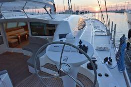 Yachts 72 Serenity Exterior 4