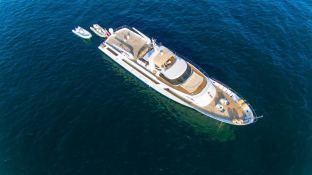 India  Benetti Yacht 35m Exterior 2