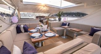 ELLERY A   Leopard Yachts Leopard 24 Interior 10
