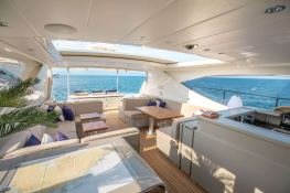 ELLERY A   Leopard Yachts Leopard 24 Interior 13