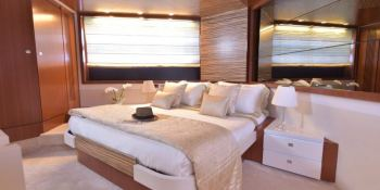 LITTLE ONE  Baia Yachts Italia 70 Interior 1