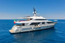 MY WAY  San Lorenzo Yacht 112 Exterior 1