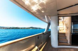 MY WAY  San Lorenzo Yacht 112 Interior 11