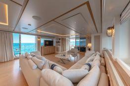 MY WAY  San Lorenzo Yacht 112 Interior 15