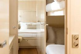 CYGNUS CYGNUS  Ocean Quality Systems Catamaran 61 Interior 10