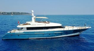 SPICE OF LIFE   Yacht 31m Exterior 1