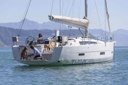 Dufour 430 Dufour Yachts Exterior 3