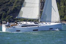 Dufour 430 Dufour Yachts Exterior 5