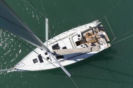 Dufour 430 Dufour Yachts Exterior 6