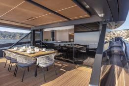 HAZE  Extra Yachts Extra 86 Interior 10