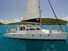 Voyage 500 Voyage Catamaran Exterior 3
